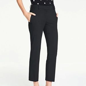 Ann Taylor - The Ankle Pant In Bi-Stretch size 8